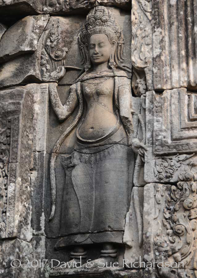 Description: Dancing apsara, Angkor Wat