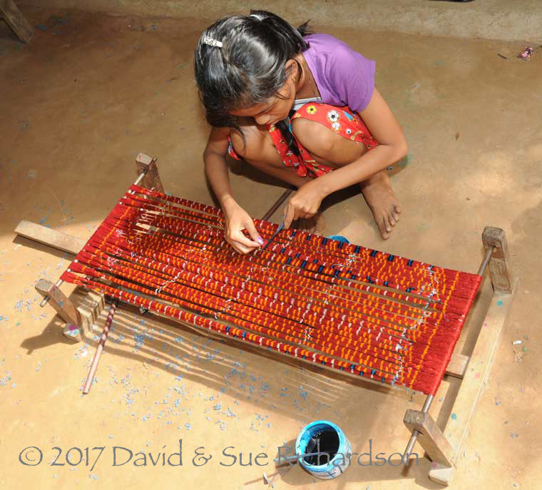 Description: Painting ikat at Prey Chan Kran
