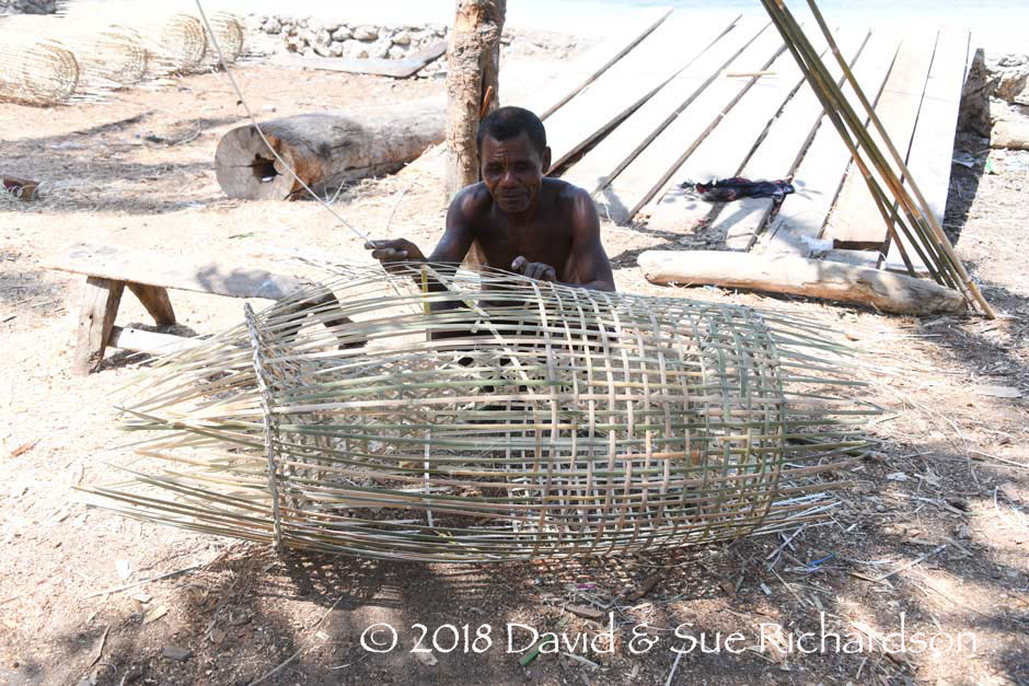 Description: Weaving a bubu fish trap