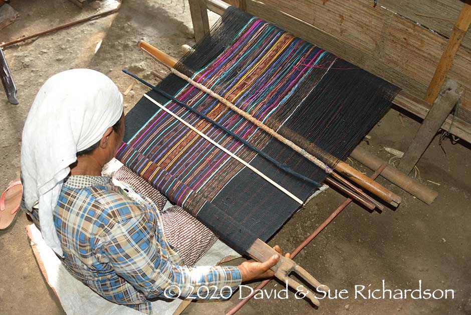 Description: Weaving a modern sarong